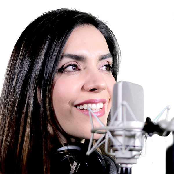 Locutora Isabel Lozano